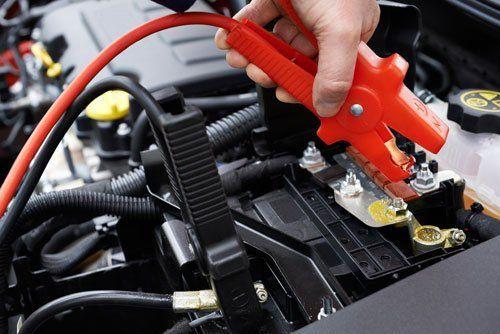 riparazione batteria auto