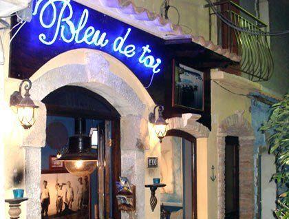 vista dall'esterno del ristorante Bleu De Roi