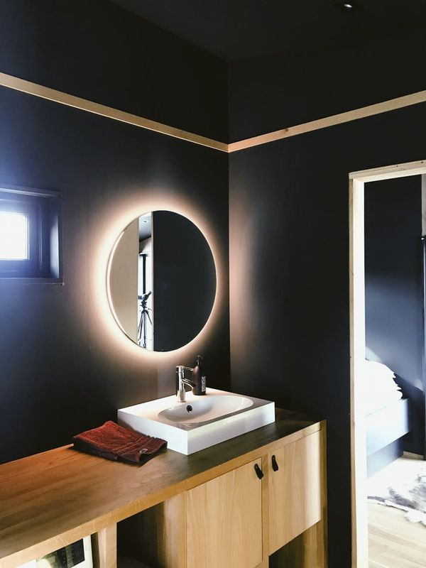 7 Tips For Choosing Paint Colors Small Bathrooms