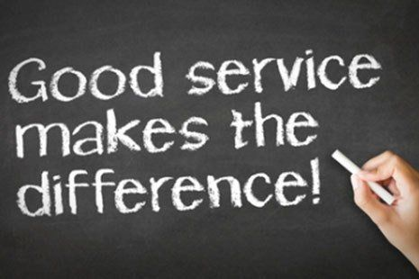 Good service makes the difference slogan on chalkboard