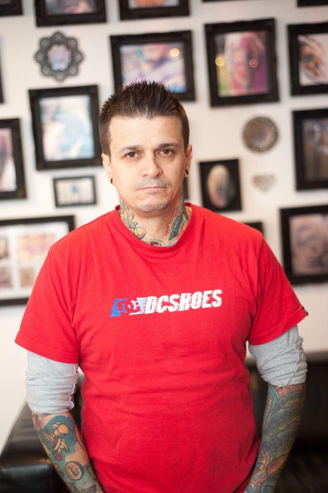 Tattoo artist Valentin Russu