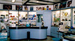 riproduzione video, vendita occhiali, laboratorio ottico