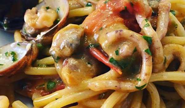 Piatti di carne e pesce da Sale e Pepe a Roma