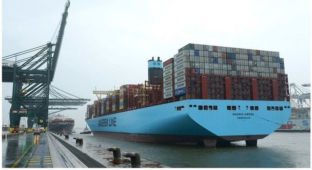 The rise of the ultra large containership