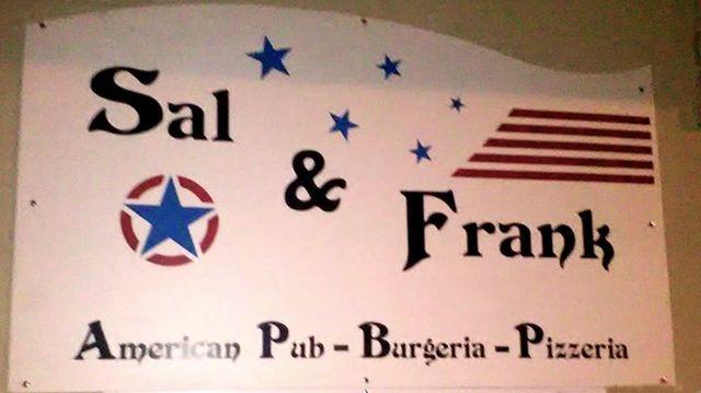 SAL & FRANK AMERICAN PUB - BURGHERIA - PIZZERIA  logo