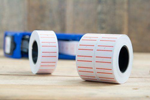 Rotoli di etichette adesive