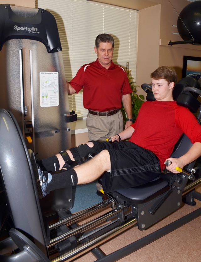 Physical therapy session in Baxter County, AR