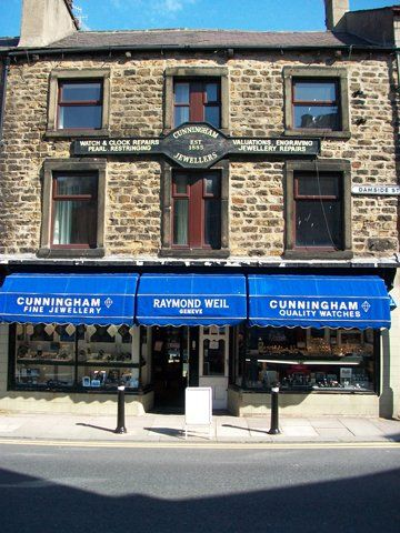 jewellers-lancaster-cunningham-jewellers-shop front