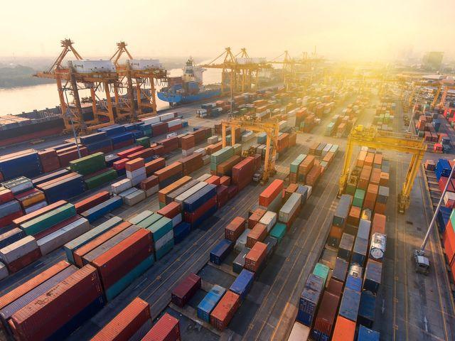 Container Transport USA - Europe - CIS - China / CIS
