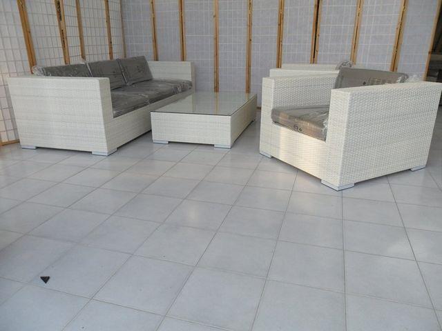 Rattan sintetico salotti tavoli poltrone per esterno - Mobili da esterno in rattan ...