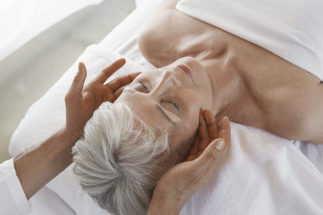 lymphedema old woman massage
