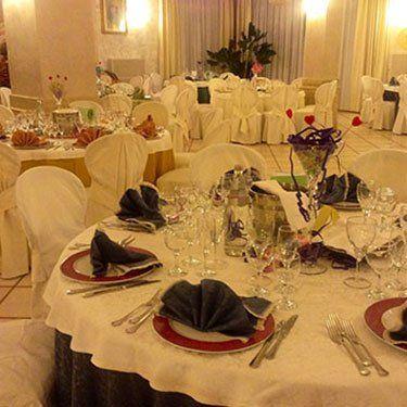 sala elegante di un ristorante