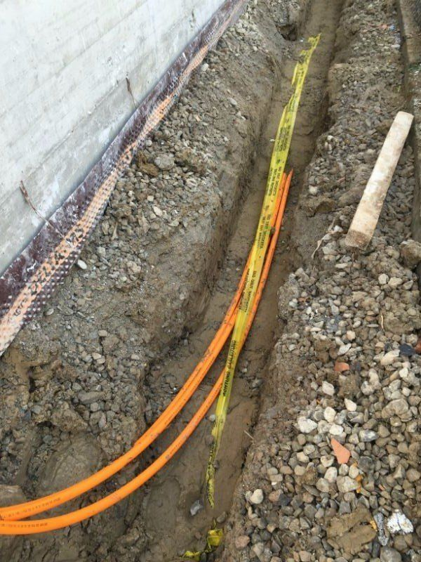 dei tubi sottoterra