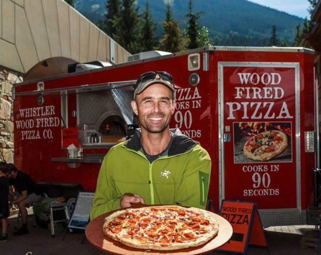Korey Klein delivering a pizza