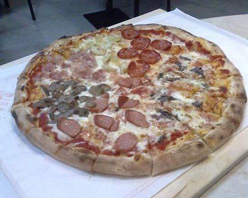 Pizza alla pizzeria Brothers Pizza