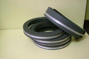 anelli in gomma, componenti industriali in gomma, impasto in gomma