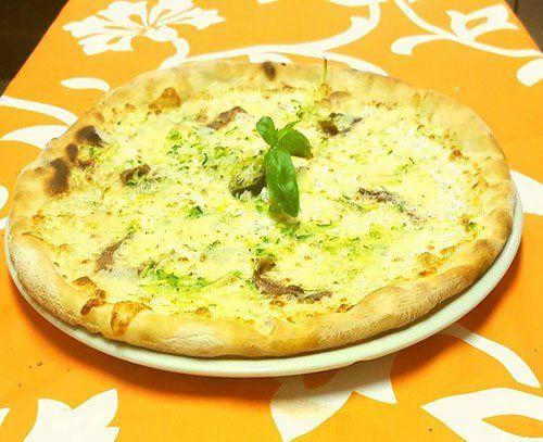 Pizza al Fuorinorma Cafe' - Bar Pizzeria a Provaglio D'Iseo