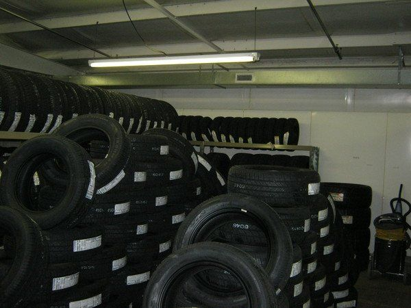 Rim brush cleaning may be one of our tire deals in Lincoln, NE