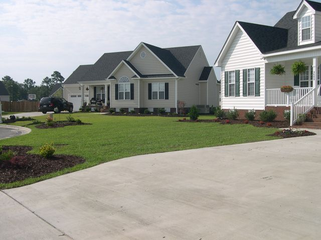 Your Local Landscape Contractor: - Creech's Landscaping Patio Paver, Landscaping & Lawn Care