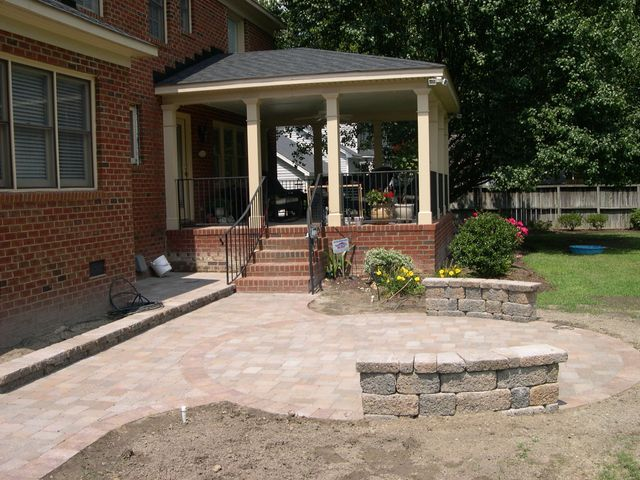 Patio & Walkway Landscaping in Greenville, NC - Patios & Walkways Greenville, NC Creech's Landscaping Company