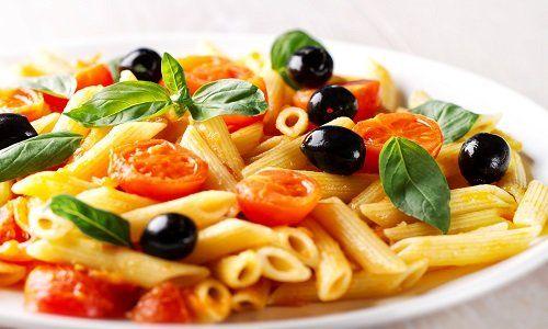 Corigliano-Calabro-006 replace with 547015396- un piatto di ravioli con sugo