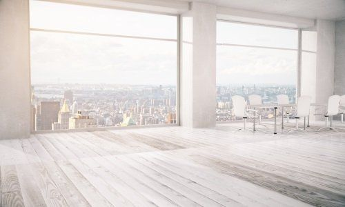 Grande finestre di PVC bianco