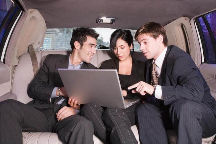 corporate limo service seattle