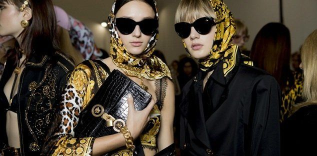 505a1f1533e2 Versace just unveiled Its eyewear Tribute Collection which made a feature  in the brand s S S  18 catwalk show during Milan Fashion Show.
