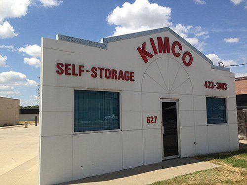 Kimco Self-Storage facility