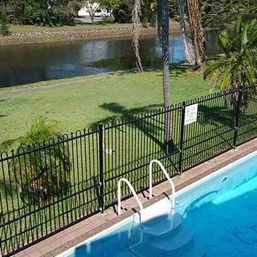 Le George Motel Swimming Pool