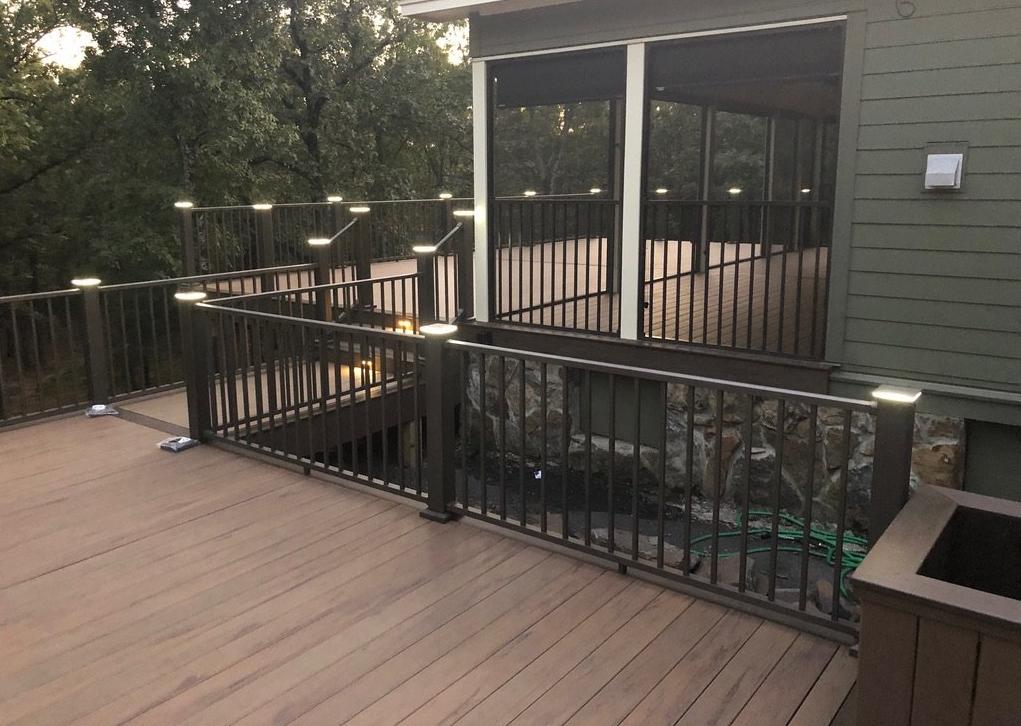 custom deck contractors in arkansas