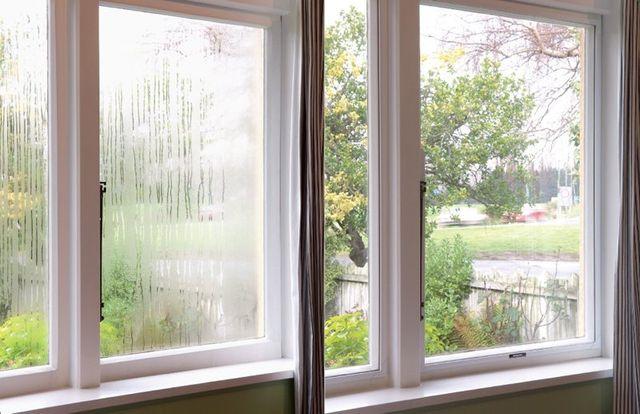 acrylic secondary glazing, acrylic double glazing, double glazed windows insulation