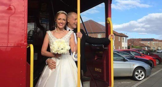 Wedding bus hire at competitive prices