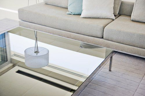 Excellent Use Custom Cut Glass To Create A Contemporary Style Coffee Table Download Free Architecture Designs Sospemadebymaigaardcom