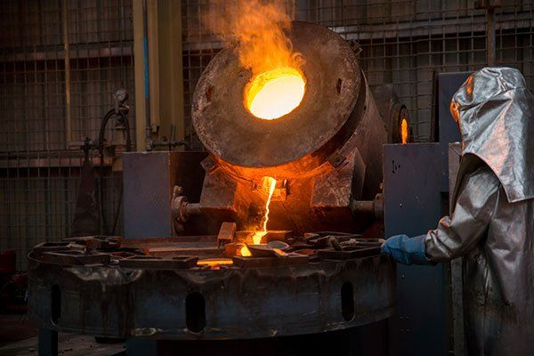 strumento per fusione ferro