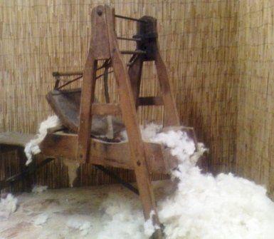 Macchina per la cardatura della lana tradizionale