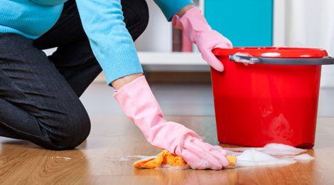 floor cleans