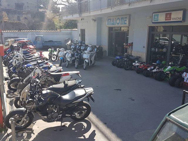motocicletta bianca