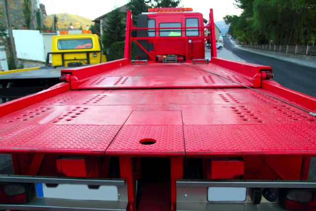 Auto towing equipment