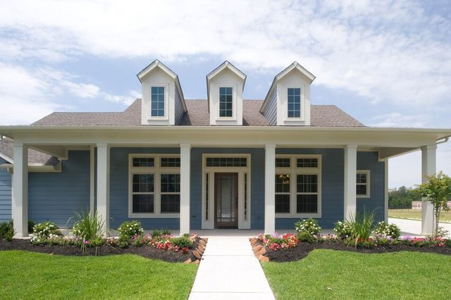 Cape Cod Home Siding Styles And Hues