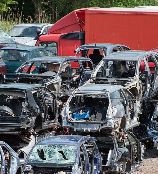 We Buy Junk Cars | Spanaway, WA | Rollins Auto Wrecking Yard