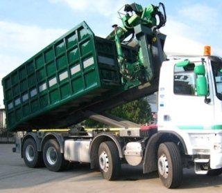 Trasporti rifiuti, netturbini, camion