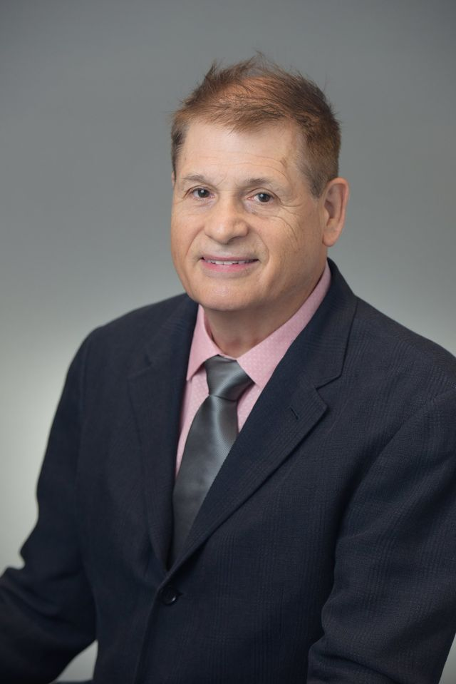 Dr. Conrad C. Theiss DMD of Implant Center of Maui in Kahului, HI
