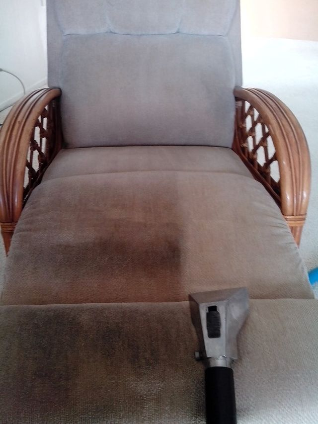 Upholstery cleaning by Advantage Carpet Care in Honolulu