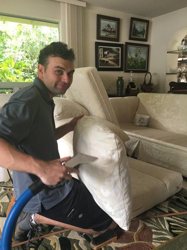 Cushion cleaning in Oahu, HI