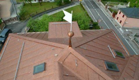 tetto legno con capriate