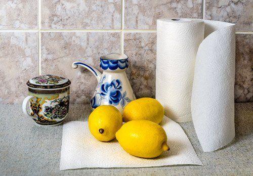 tre limoni sul banco della cucina