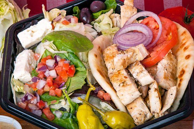 Chicken Pita Dinner with Salad - Georgie Porgies
