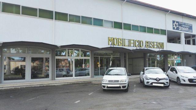 Arredo Bagno Aperto Domenica Roma : Realizzazione di arredi meldola fc mobilificio biserni
