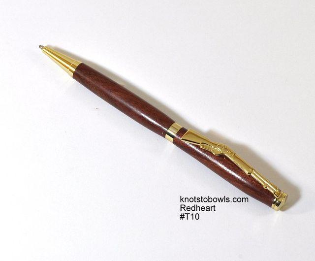 Slimline pen made from Redheart